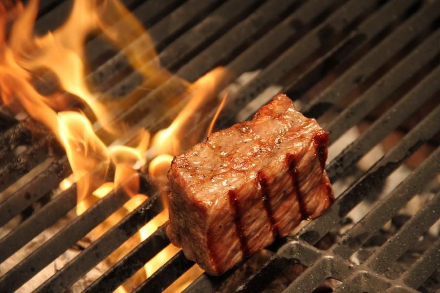 El espectáculo de la carne en Okasan