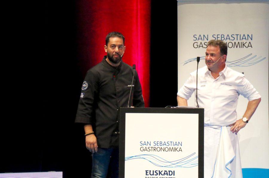 El Chef Julián Mármol junto a Martín Berasategui en San Sebastián Gastronómika.